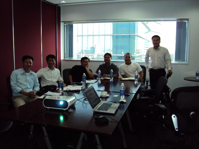 MEETING DISTRIBUTOR OF EATON - VICKERS IN VIETNAM